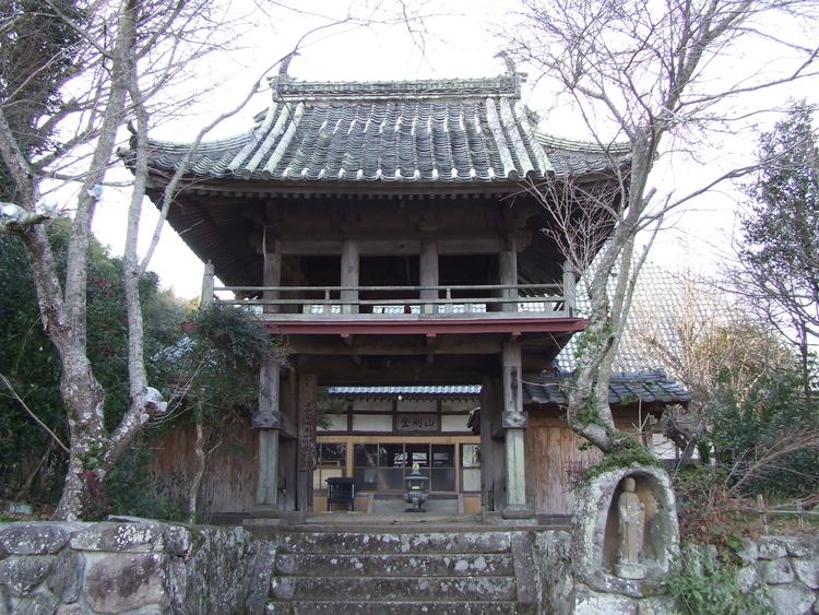 報恩(ほうおん)寺 | 日本一の「おんせん県」大分県の観光情報公式サイト